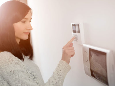 Three Ways That a Home Security System Can Save You Money